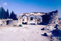 HIERAPOLIS - ENTRANCE AND THE MAIN STREET